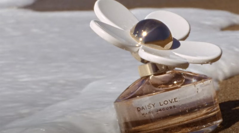 marc jacobs daisy review feature image